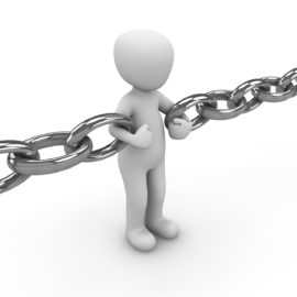 """Break The """"Desk"""" Chain – 3 Steps for Major Donor Development"""